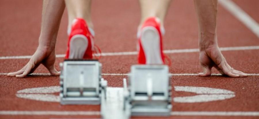 Athlete_on_the_blocks