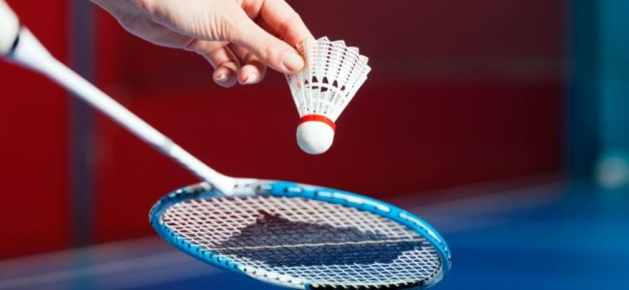 Badminton_Serve