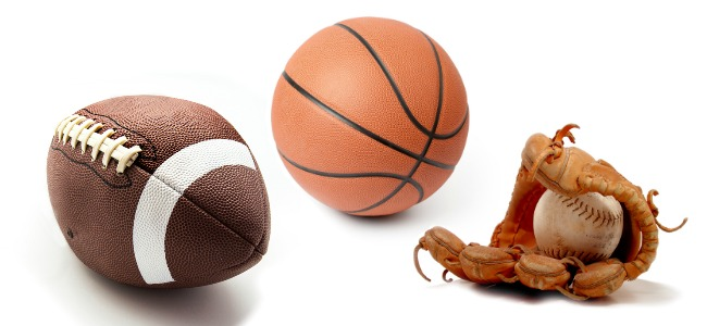 Balls_from_Basketball_American_Football_and_Baseball_in_Glove