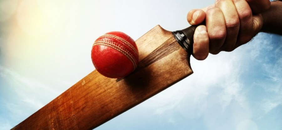 Cricket_Ball_Being_Hit