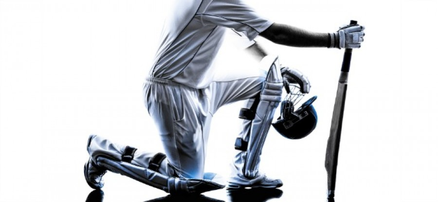 Cricketer_Kneeling_with_Bat_In_Hand