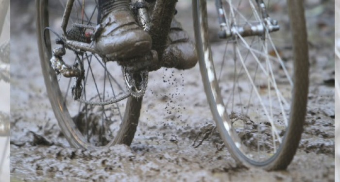 Cycle_Going_Through_Mud