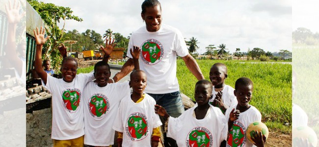 Didier_Drogba_wearing_Foundation_T-Shirts