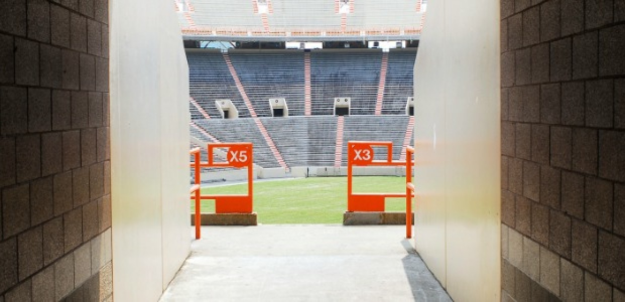 Football_Stadium_to_the_Stands