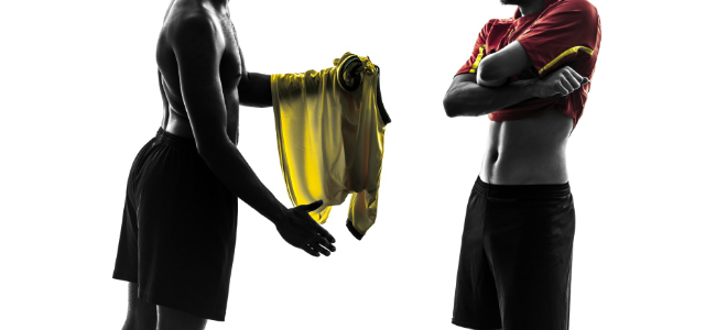 Footballers_Exchanging_Shirts