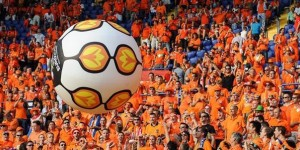 Generic_Dutch_football_supporters