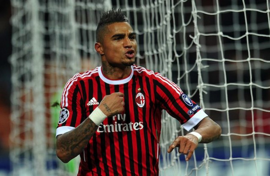 Kevin Prince Boateng Pointing