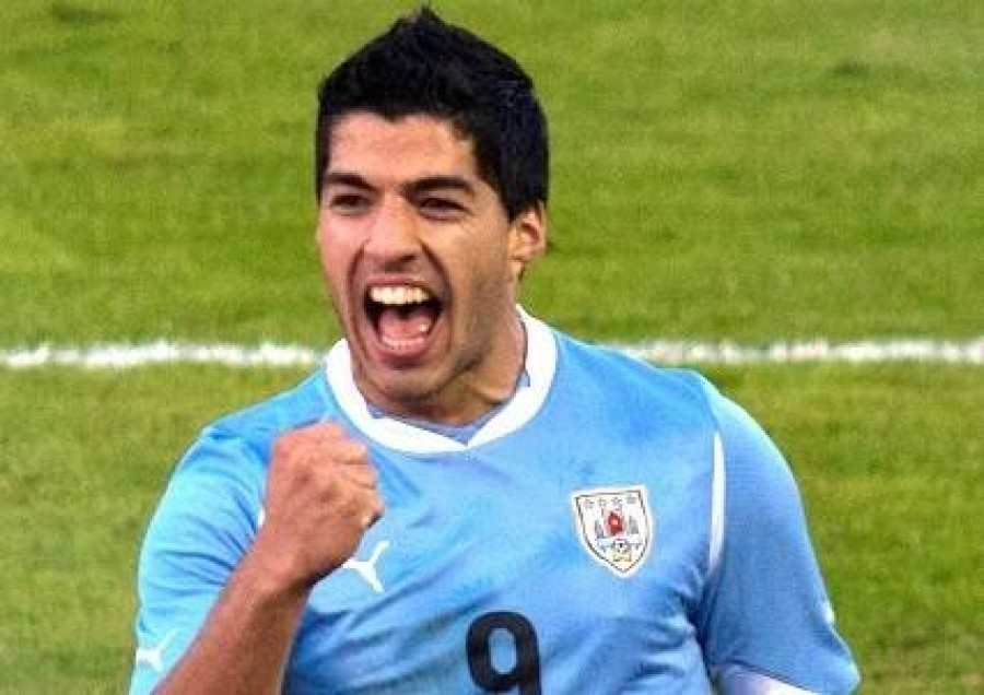 Luis Suarez Cheering