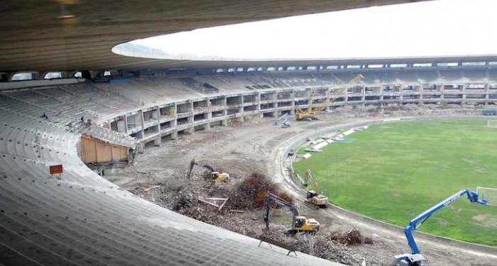 Maracana stadium under construction