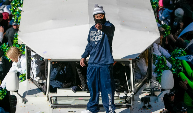 Marshawn Lynch Super_Bowl Parade in Beast Mode top
