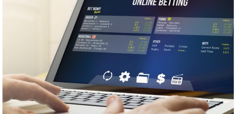 Online_Betting_Via_Laptop