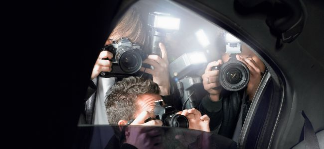 Paparazzi_Through_Car_Window