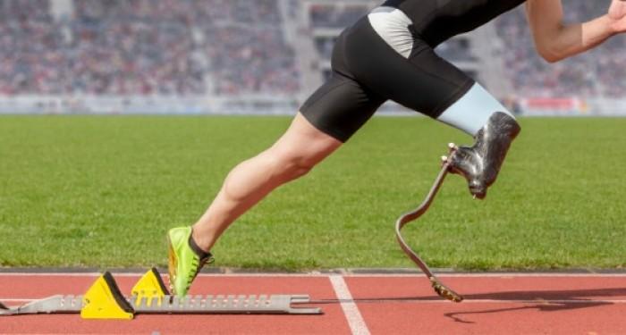 Runner_With_Prosthetic_Leg