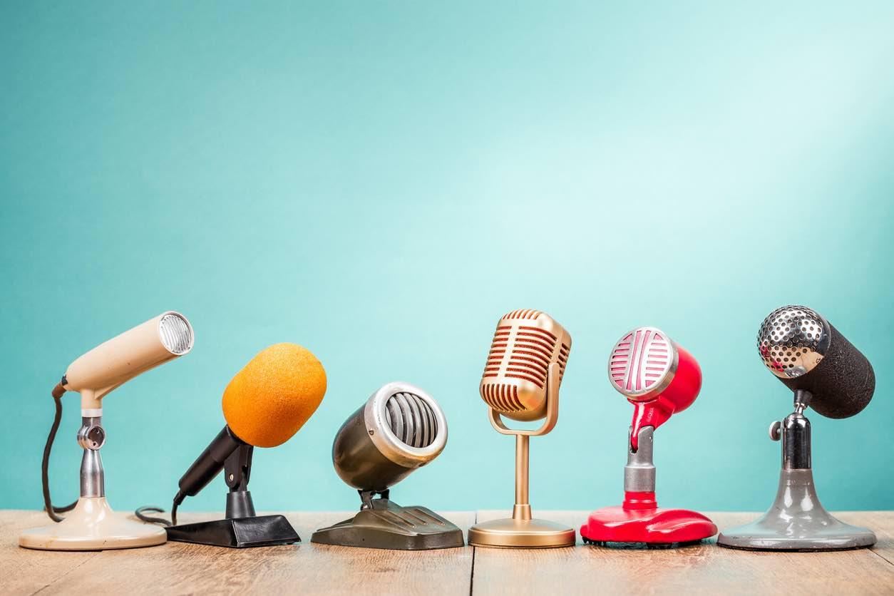 Title image of retro microphones