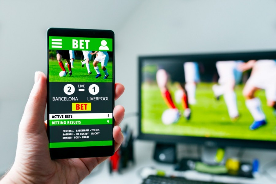 Mobile betting on football match